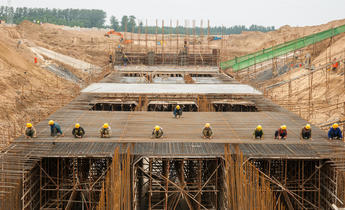 Aside eb2k48 construction on the south north water transfer project in china