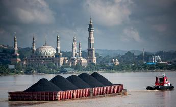 Aside gp04fyd coal barge in indonesia