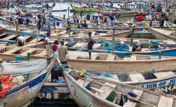 Index e6bkw9 fishing boats in the harbour at elmina ghana 1440x960