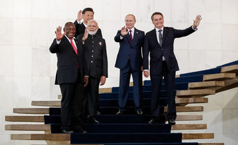 Aside brics leaders in brasilia