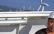 Aside_wind_engineer_large