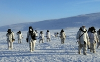 Index_canadian_soldiers_china_arctic_2204_large
