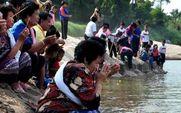 Aside prayer for the mekong  1