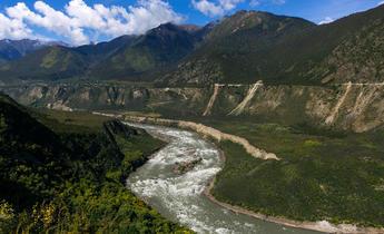 Aside f5gpta yarlung tsangpo river in tibet