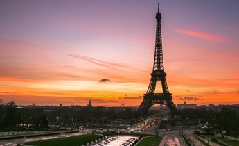 Aside paris sunrise