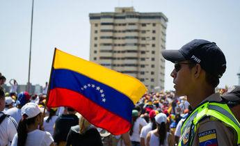 Aside marcha hacia el palacio de justicia de maracaibo   venezuela 11