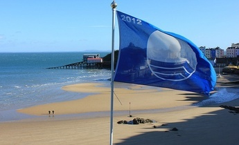 Aside tenby blue flag
