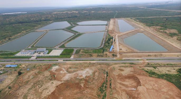 榆横化工园区的 污水处理池.png