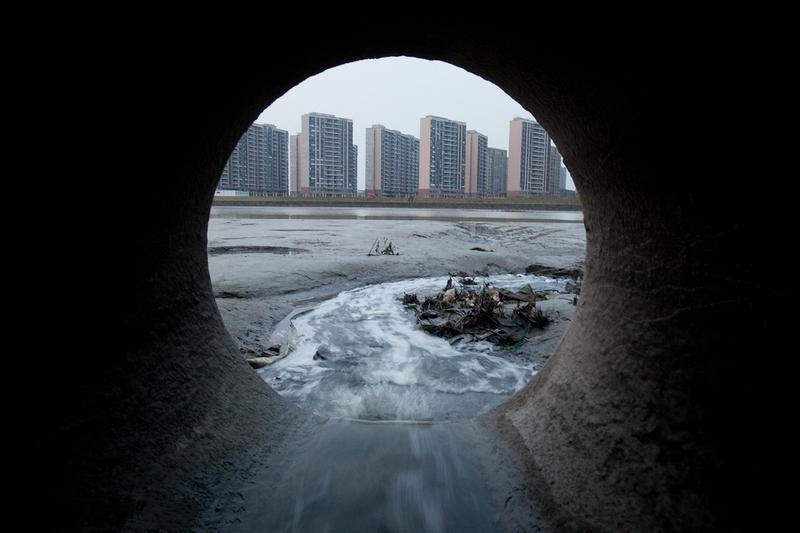 企业废水排放是纺织行业环境足迹的很重要的一部分