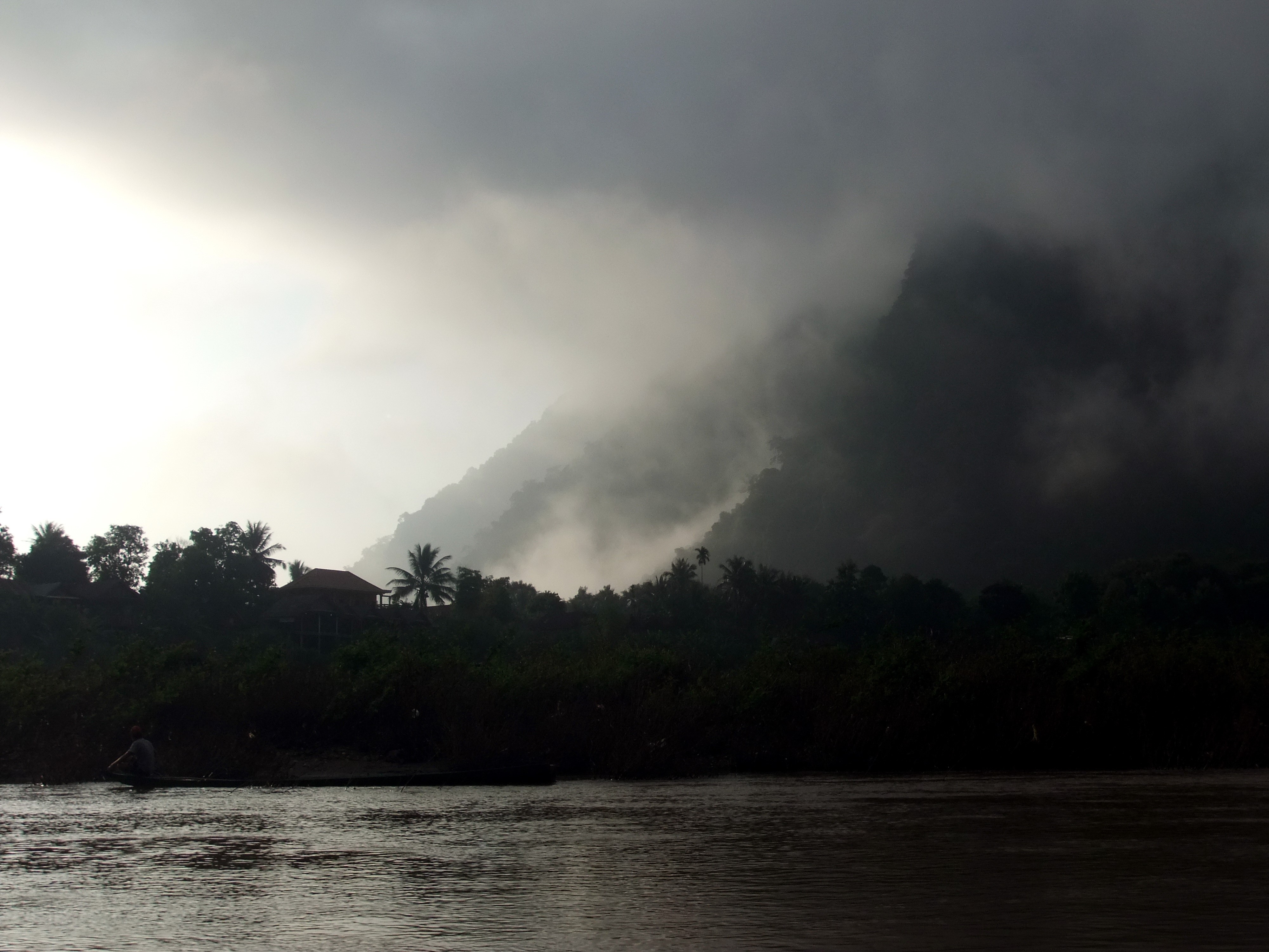 Ou River, with the tall karst mountains hidden in winter mist