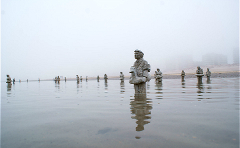 Main 4 isaac cordal waiting for climate change beaufort belgium 2012 meitu 4